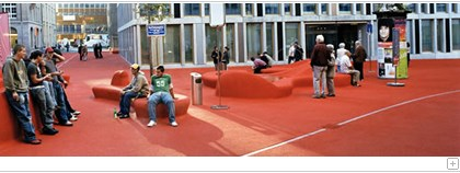 Citylounge of St.Gallen: Red square with people.
