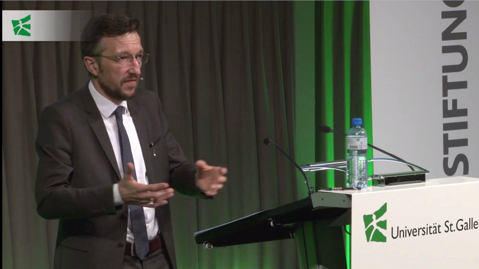 university of st gallen knowledge videos lukas baumlrfuss on competition and conformism middot videos
